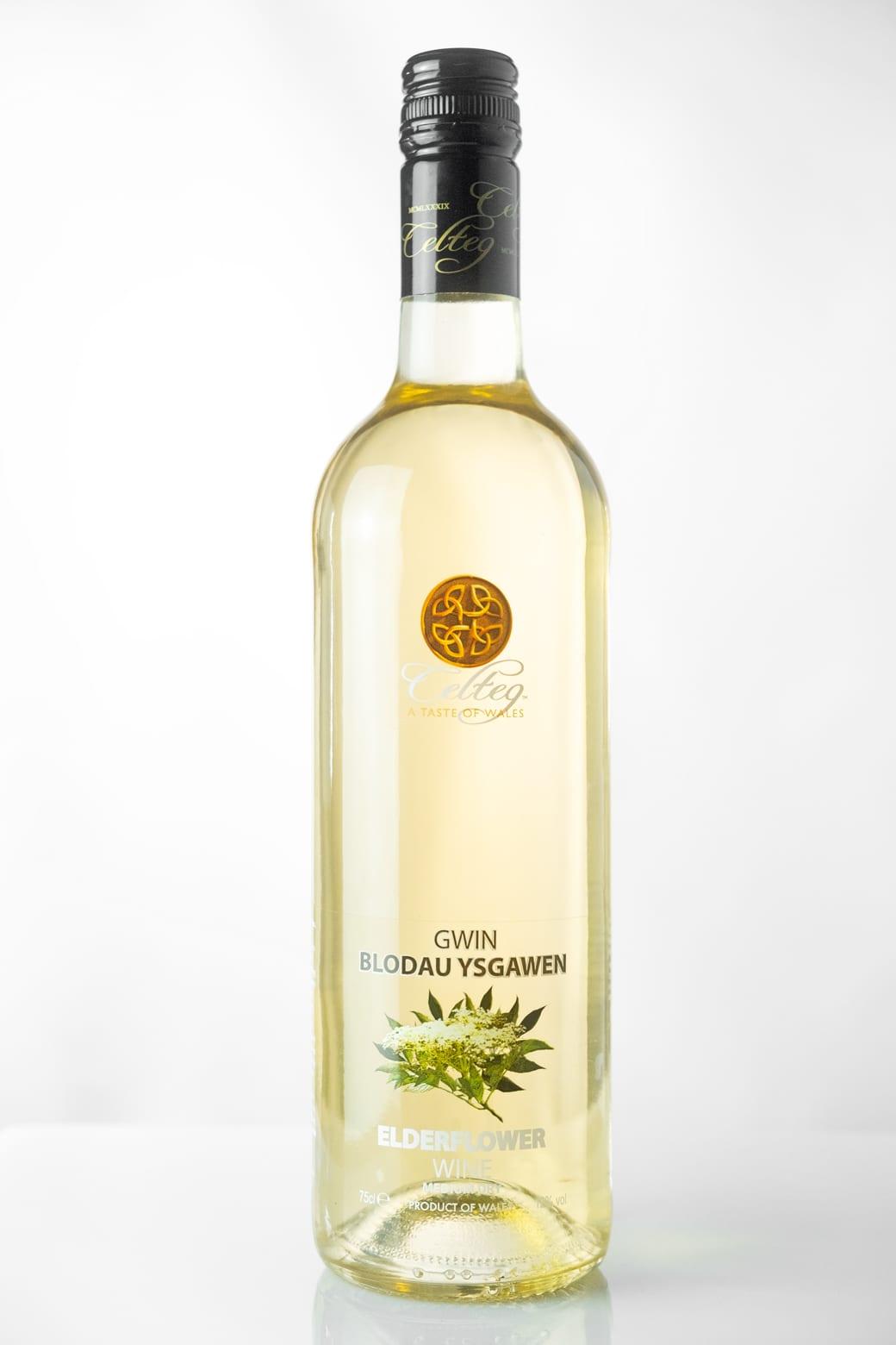 20200928-Elderflower-Wine-Front