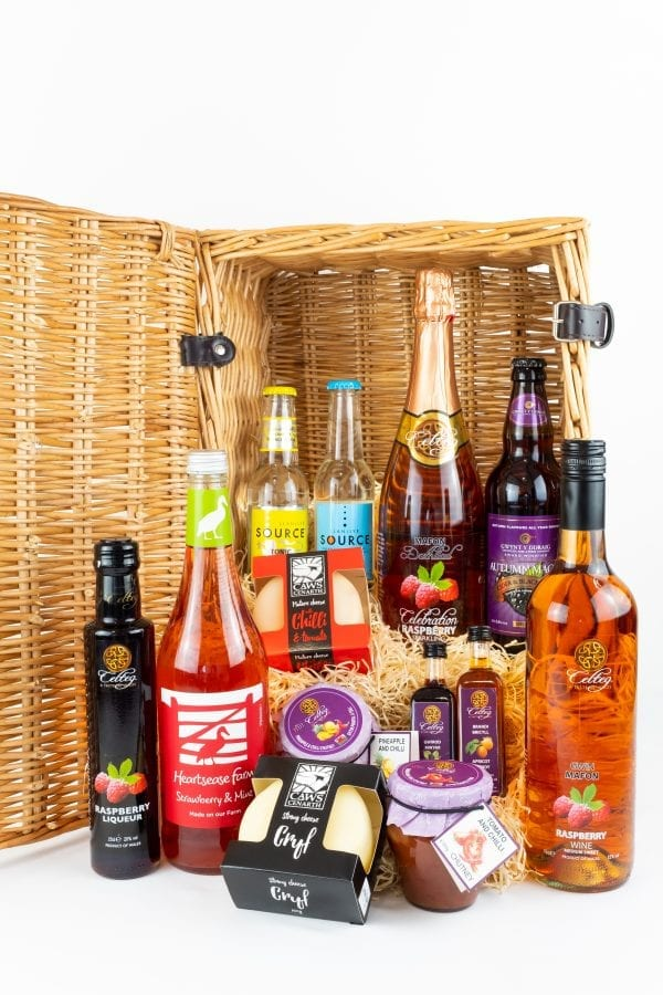 Celteg Medium Hamper for Her