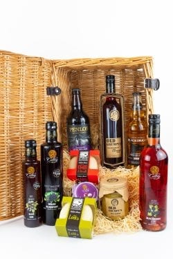 Celteg Medium Hamper for him
